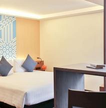 U 曼谷素坤逸路飯店