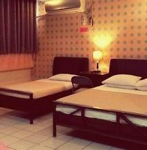 Hotel Tiffany Laoag