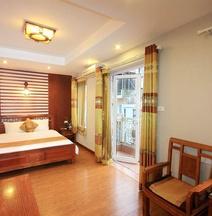 Icon 36 Hotel & Residence