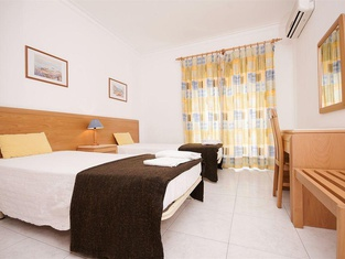 Plaza Real by Atlantichotels