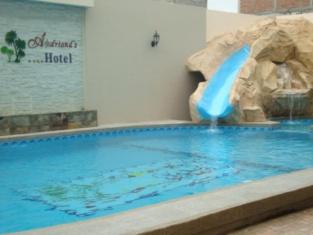 Hotel Adriand's