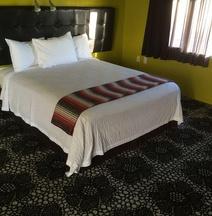 The Greens Hotel on Del Paso