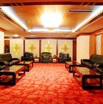 Xinmao Tiancai Hotel