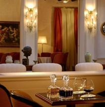 科羅納蒂歐羅酒店
