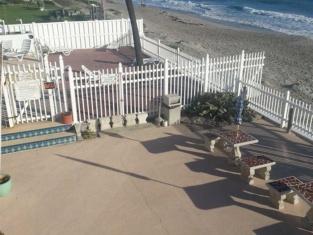 Beach Tropics Motel