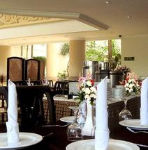 Ollino Garden Hotel Malang