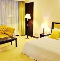 Metropolitan Yijing Hotel