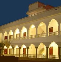ホテル ラジャスタン パレス ジャイプール
