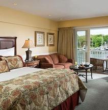 Grand Harbor Inn