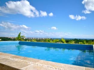Hotel Punta Esmeralda