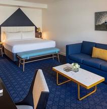 River's Edge Hotel