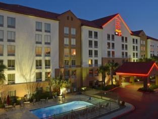Red Roof Inn PLUS+ San Antonio Downtown - Riverwalk
