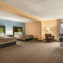 Super 8 by Wyndham Mount Laurel
