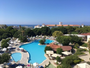 Avanti Hotel
