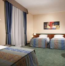 拉斐爾酒店