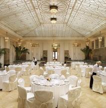 Отель «Астория» Rocco Forte