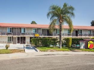 Super 8 by Wyndham Redlands/San Bernardino