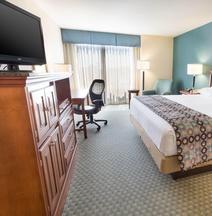 Drury Inn & Suites Birmingham Lakeshore Drive