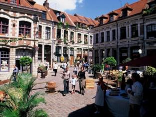 Kyriad Lille Centre Gares
