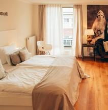 古典不来梅精品酒店