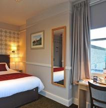 Kings Head Hotel by Greene King Inns