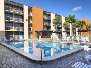 โรงแรมออร์แลนโด คอนติเนนตัล พลาซา