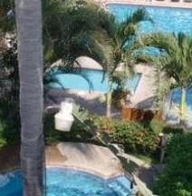 Villas El Rancho Green Resort