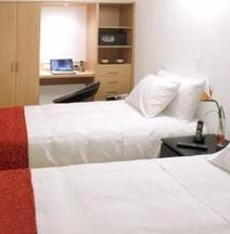 Hotel TuKasa Inn