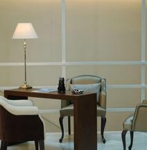 ホテル インテルナシオナル ランブラス アティラム