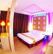 D' Hotel