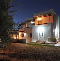 Tsakanos Apartments