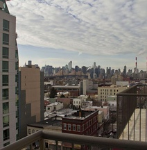 Hotel Vetiver / Manhattan Skyline