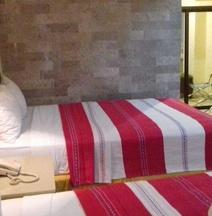 ホテル アンバサダー メリダ