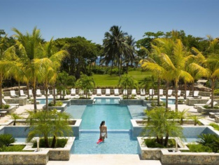 Indura Beach & Golf Resort Curio Collection By Hilton
