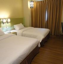 The Pavilion Hotel Sandakan