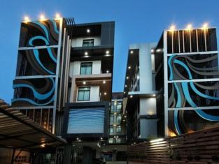 Thanburi Hotel