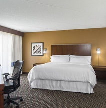 Four Points by Sheraton Milwaukee Airport