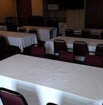 Bridgepointe Inn & Suites Toledo-Perrysburg-Rossford-Oregon-Maumee by Hollywood Casino
