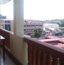 โรงแรมโบลิน่า พาเลซ