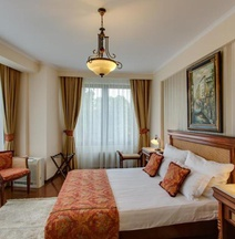 Vila Paris Boutique Hotel
