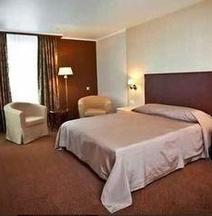 โรงแรมวิกตอเรีย เชลยาบินสก์