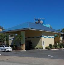 Sunsol International Drive Near Universal
