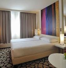 尼維馬諾特爾酒店