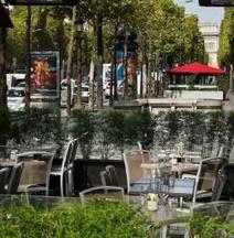 โรงแรมปารีสแมริออท ชองเซลีเซ่