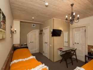 Hotel 3 Gnoma
