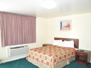 Relax Inn of Medford