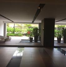 4R Luxury Duplex@Infinity Sky Pool