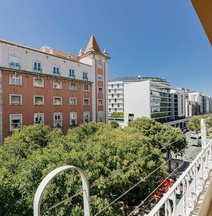 Santos Hostel - Lisbon