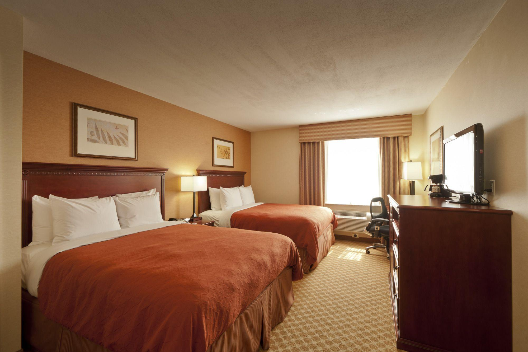 Queens County Inn and Suites