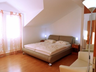 Adria Apartments and Rooms